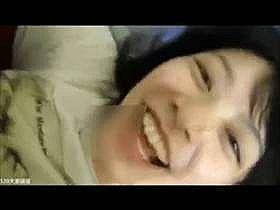 【個人撮影】カメラに向かってはしゃぐように笑う彼女が可愛い!素人カップルが記念に撮った流出動画がこれ