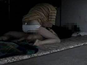 【個人撮影】夫婦の営み!薄暗い寝室でいつも通りにセックスを始める様子を撮影してる映像があまりに生々しい