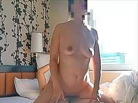 【個人撮影】朝から夫婦の営みを投稿用に撮影!嫁のマ●コでは逝かずフェラで射精してる旦那wwwww