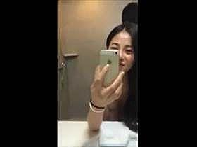 【個人撮影】美人の彼女のアヘ顔がリアルでエロいな!彼女自らスマホで撮影した素人カップルのハメ撮り流出映像