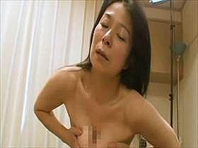 【無修正】巨乳の人妻熟女のセックスが生々しい!ハメ撮りされて出す喘ぎ声がガチすぎて抜ける中出し映像がこれ