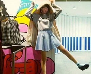 【動画あり】アイドルを目指す18歳少女さん、SNSで自撮りオナを誤爆投稿。慌てて削除するも即保存されてしまう…