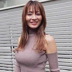 新山千春(39)の最新の爆乳オッパイ動画ボロローン・・・以前、こんなにバストありましたっけ!?