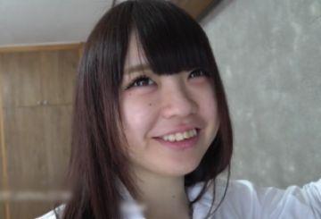 【無修正 素人】 キュートな制服姿のパイパン巨乳美少女とセクロス