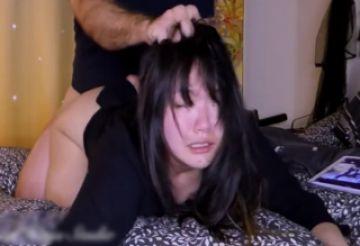 【無修正 素人】 かなり激しいセクロス!!! 隣国の女の子を性奴隷化している映像www