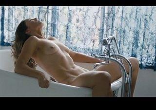【無修正10作品】 普通の映画の濡れ場なのに女優のマ〇コが映ってる衝撃オナニーシーン