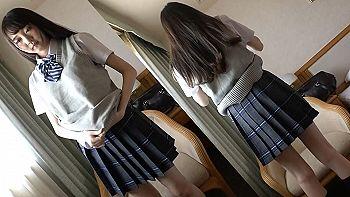 【エロ動画 素人】 モデル体型の黒髪制服美少女が緊張しつつもパンツ濡らすww