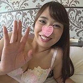 【無修正 素人】 27歳の美乳スレンダー若妻を寝取って中出しハメ撮り