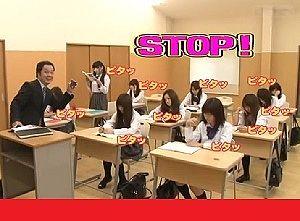 もしも貴方が女子校教師であり、時間を止めることができたなら、どうしますか?
