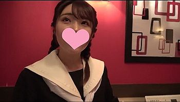 【エロ動画 素人】 ロリ系制服美少女にスク水着を着せて問答無用の中出しハメ撮り