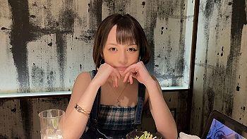 【エロ動画 素人】 22歳の居酒屋看板娘で関西出身の女子大生がバイトをサボってセクロス三昧