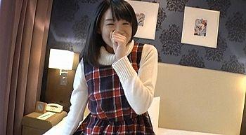 【エロ動画 素人】 愛嬌抜群の女子大生と楽しくハメ撮り!!! 若い新鮮なま〇こに大量中出し