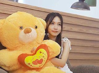 【無修正】 中国のAVが予想以上にクオリティ高い…!ハメられる巨乳美女