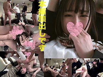 【エロ動画 素人】 乱交サークルでオヤジたちに滅茶苦茶にされる18歳の制服美少女がこちら