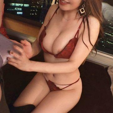 夜の銀座で泥酔したFカップのヤリマン美女と、首.絞.めの変態SEXでパコパコSEX動画『充電させてくれませんか?NO.4 れいかちゃん 25歳 (美咲れいか)』