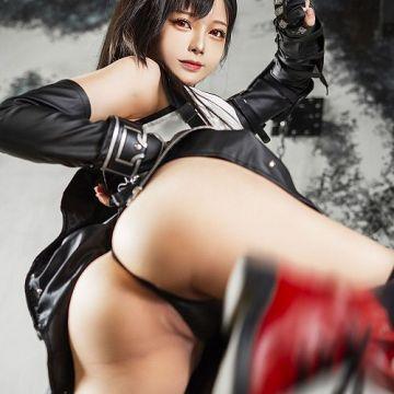 【Hachi 小芭】ケツがデカくてエロいぞ!格闘キャラの似合う美尻台湾コスプレイヤー画像