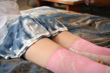 ニーハイフェチにはたまらない美脚女子のエロ画像25枚