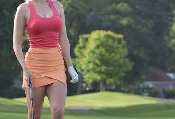 【画像】アメリカの女子プロゴルファー、露出し過ぎてエチエチ!!!