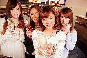 【画像】ハロヲタが好みそうなパチンコ店員wwww