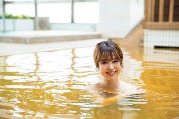 【画像】露天風呂マンさん、SLに興奮してうっかり立ち上がり丸見えにwwwww