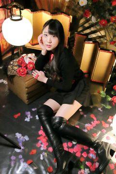 【画像】女子高生YouTuberが生ライブ配信でやらかすwwwwww