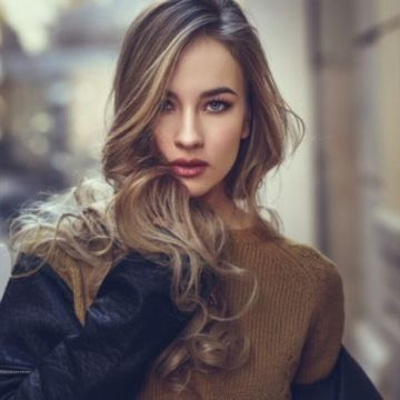 【画像】ロシアのポルノ女優、美人でエチエチすぎるwwwwww