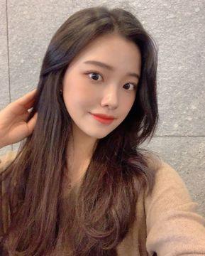 【悲報】韓国アイドルさん、日本製のカメラを使い炎上wwwwwww