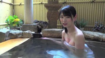 【画像】美人女さん、温泉に入るだけで稼いでしまうwwwwww
