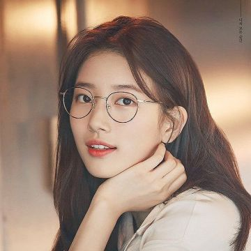 【画像】韓国人美女さん、細いのにムチムチしてるwwwww