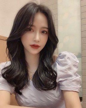【画像】韓国の美少女JCが立ちション姿を公開してしまう・・・