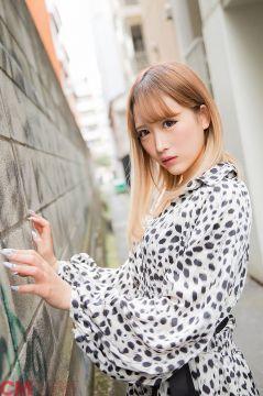 【画像】ギャルが清純派AV女優になった結果wwwwwww
