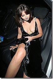 美人のハリウッド女優、アナ・デ・アルマスがうっかり乳輪ポロリしてしまう(乳首が見えてるヌード画像あり)www