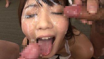 もはや臭そう…大量顔射ぶっかけされてる女のエロ画像32枚
