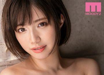 【速報】石原希望が11月からデビューメーカーのムーディーズ専属女優へ