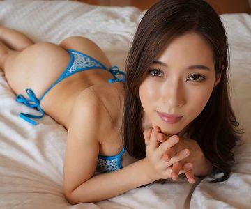 【無修正流出】二宮和香の動画が流出!パイパンの美マンコが丸見えに!