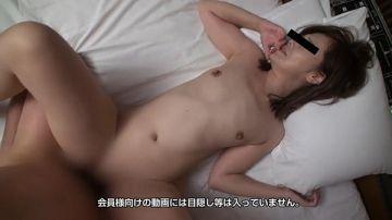 星野紗央莉(32歳)一見清楚なスレンダー美人、本性はチンポ大好きドスケベ妻
