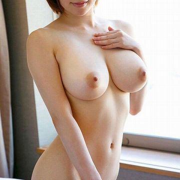 スレンダー巨乳 クビレた細身で大きな乳房の美女画像100枚