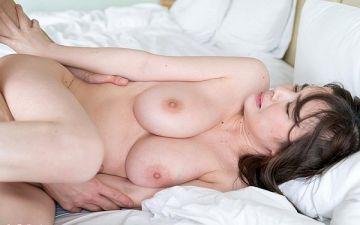 全裸ヌード画像 スレンダー美女たちの素っ裸60枚