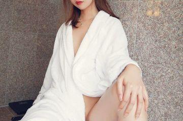 湯上りセクシー…バスローブエロ画像