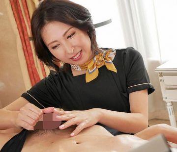 最高のテクニックで金玉からチンポを包み込み精子を空っぽにさせるほど気持ちいい射精を誘う。佐田茉莉子