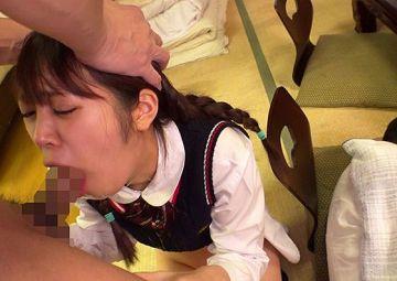 ひよこ女子たちに媚薬をたっぷりと塗り込んだ極悪チンコで容赦ないイラマチオ!鬼。鬼畜。