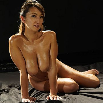 玲奈 Gカップ巨乳のおっぱいがエロい妖艶でセクシーな女がふしだら過ぎる