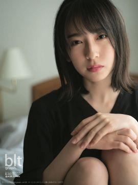 【悲報】現役JKアイドルさん、AVと同じ現場でグラビアの撮影をしてしまうwwww