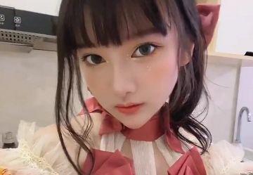 """‹衝撃›中国版コミケでおっぱい晒して大炎上したコスプレイヤー""""小尤奈(16)""""がエロすぎwww"""