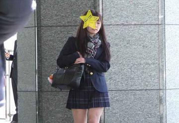 ‹電車チカン›正統派美少女JKちゃんを駅トイレに連れ込みキツキツまんこに中出し2連発www