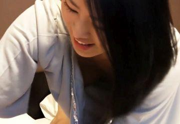 ‹無・亜物›韓国のビジネスホテルで出張マッサージ頼んでノーブラ巨乳娘と生セックスw