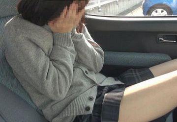 【無・個撮】「外から見えないよね?w」素人ロリJKと車内で生ハメ援交SEX!