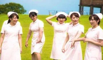 看護師、仕事のストレスの反動でエッチな自撮りをしてしまう…(※画像あり)