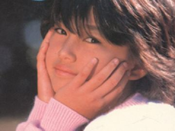 【画像あり】14歳少女のヌードが普通に販売されていた昭和とかいうヤバい時代wwww