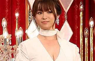 【画像】ルパンの娘が大爆死で後がない深田恭子が佐々木希に対抗してGカップ爆乳を晒す事を決意